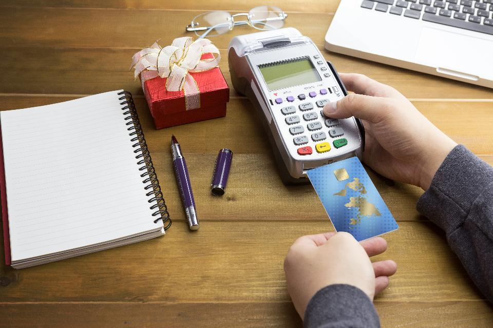 Small Business Owners: Here's How You Can Accept Credit Cards